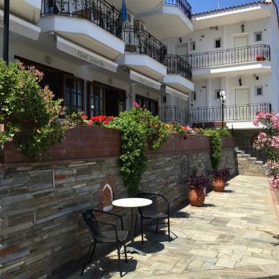 Vila Lazaridis Nea Roda